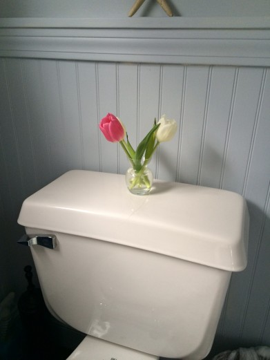 Yes, my mom puts fresh flowers in the bathrooms.
